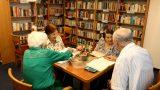 ספרייה עשירה בדיור מוגן בית הנשיא